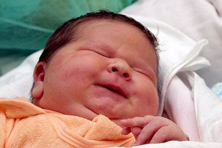 polen baby wog bei geburt 7 kilo welt vorarlberg. Black Bedroom Furniture Sets. Home Design Ideas