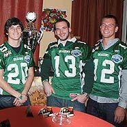 Siegreiches Drachen-Team bei der Blue River Poker Bowl