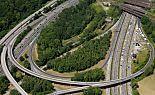 Riesenvolksfest auf der Autobahn