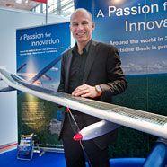 Schweizer Solarflugzeug hat zum ersten Nachtflug abgehoben