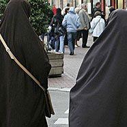 Französische Nationalversammlung stimmt über Burka-Verbot ab
