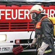 Brennender Militärbus auf der Brennerautobahn