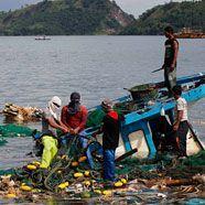 Philippinische Fischer nach sechs Tagen gerettet