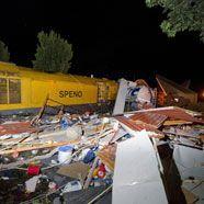 Niederlande: Zug zerstört Sportgeschäft