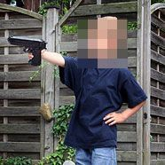 Vierjähriger erschoss Dreijährige