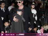 Video – Angelina Jolie und Brad Pitt sind Vollbluteltern: Trotz Kinder-Chaos am Morgen: Brangelina haben keine Nannies…
