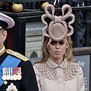 Peinlicher Prinzessinnen-Hut für 93.000 Euro versteigert