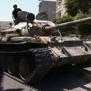 Kämpfe in Tripolis: Gaddafi-Gegner auf den Straßen