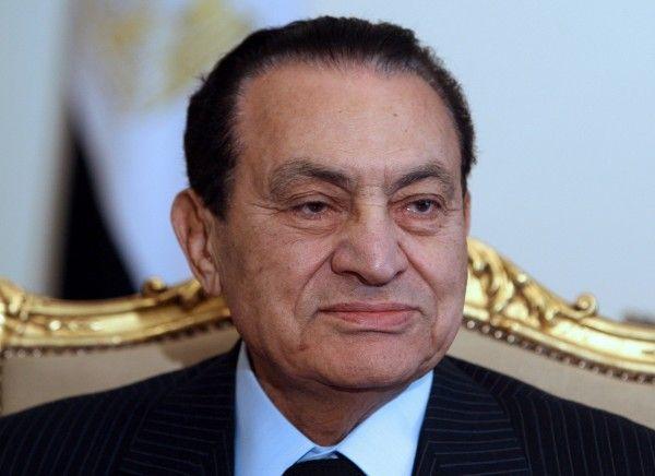 Nach dreißigjähriger Herrschaft Mubarak entmachtet.