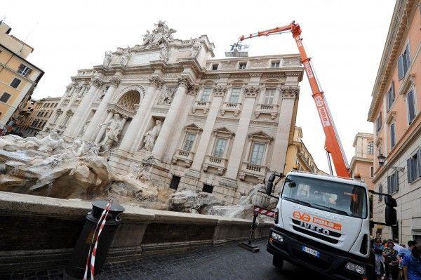 Restaurierung des Trevi-Brunnens benötigt Geldspritze von 200 Mio. Euro.