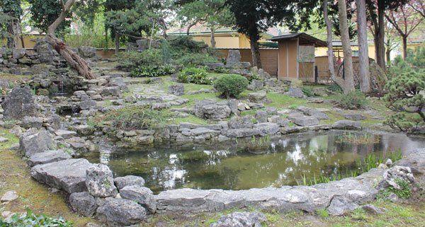 Fern stliche gartenkunst mitten in wien parks in wien - Japanischer steingarten ...