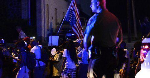 Tränengas und Schüsse: Keine Spur von Frieden in Ferguson