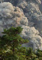 Vulkan in Papua-Neuguinea spuckt Asche und Gestein