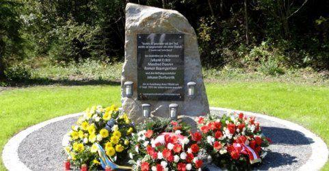 NÖ: Gedenkstein in Annaberg