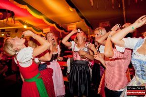 Die Highlights am Wiener Wiesn Fest 2014: Clubbing, Bieranstich und Co.