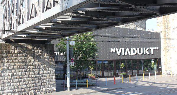Das Viadukt beherbergt eine Markthalle und eine Vielzahl von Läden.