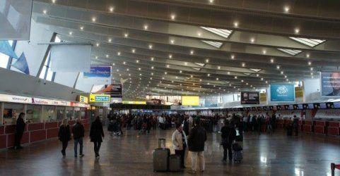 Ebola- und MERS-Info-Aktion an Flughäfen und Bahnhöfen
