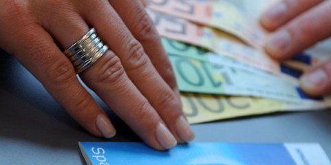 Weltspartag: Tipps zum Sparen trotz niedriger Sparbuch-Zinsen