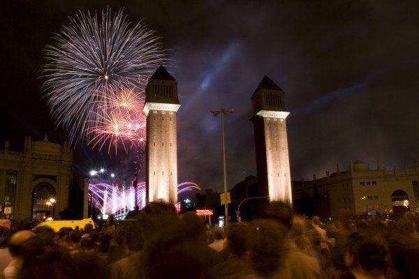 """(c) Ferad Zyulkyarov """"Place Espanya – Fireworks"""""""