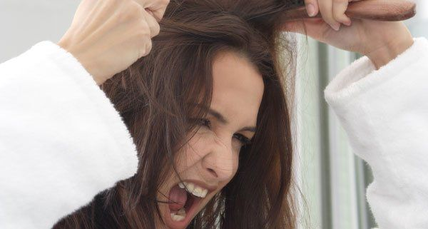 Die Wiederherstellung des Haares von den Vitaminen der Gruppe in
