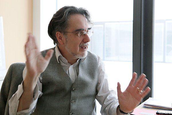 Rainer Mennicken geht aus freien Stücken