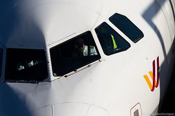 Rätselraten um Vorgänge im Cockpit