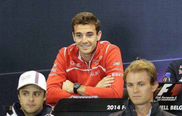 Formel-1-Fahrer Bianchi nach schwerem Unfall in Suzuka verstorben.