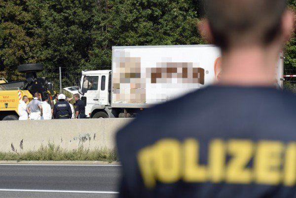 Nach dem Flüchtlingsdrama auf der A4 laufen die Ermittlungen