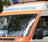 Frau stürzte in Bad in drei Meter tiefen Schacht
