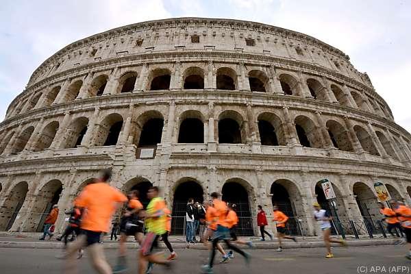 Das Wahrzeichen Roms ist bei Touristen beliebt