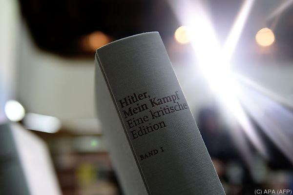 """Kritische Edition als """"Gegenrede zu Hitlers Schrift"""""""