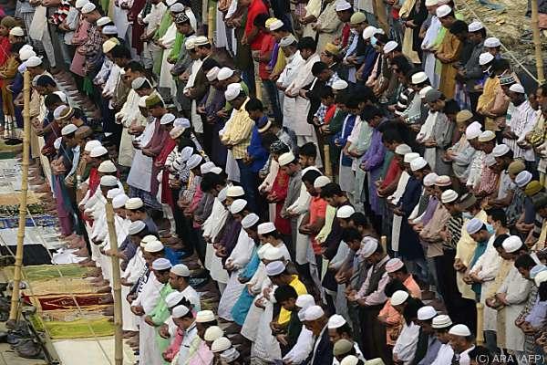 Mehrtägiges Pilgerfest in der Stadt Tongi in Bangladesch