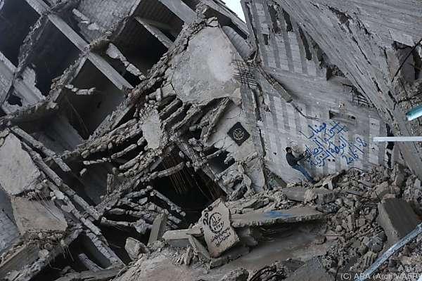 Rund 50 Orte in Syrien werden belagert