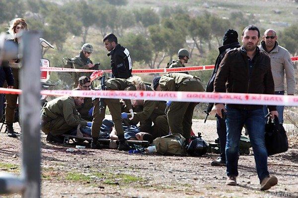 Palästinenser von Wachpersonal angeschossen