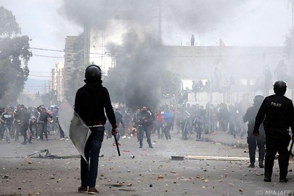 Festnahmen nach den Aussschreitungein in Kasserine