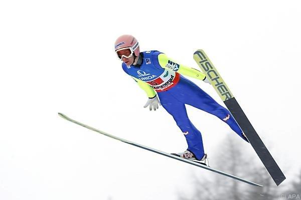 Stefan Kraft segelt ins Tal