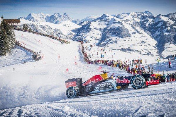 Formel 1 auf Schnee am Hahnenkamm als Spektakel