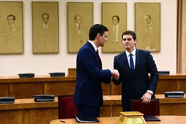 Handschlag auf das Übereinkommen
