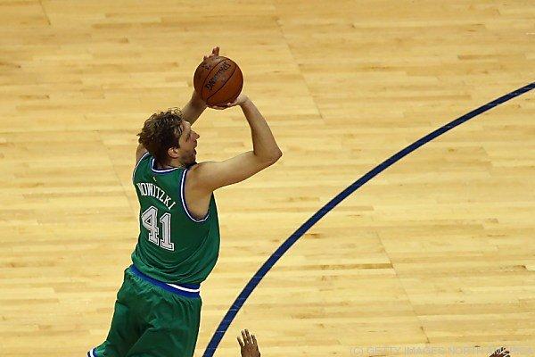 Nowitzki erzielte den Meilenstein gegen die Philadelphia 76ers