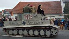 """""""Asylabwehr"""": Karneval- Panzer wird Fall für Justiz"""