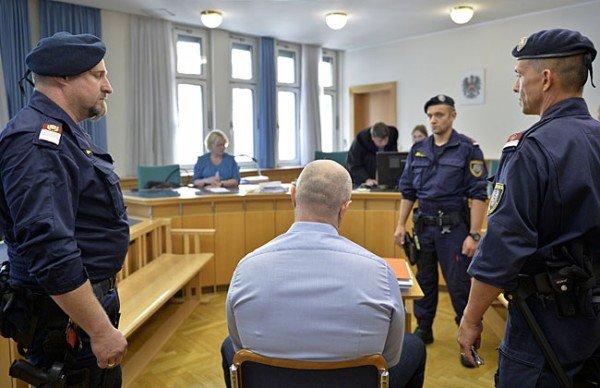 Aslan G. wurde gegen eine Kaution von 100.000 Euro enthaftet.