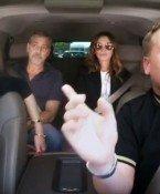 George Clooney und Julia Roberts singen auf der Rückbank