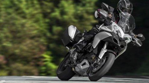 Motorradfahrer bei Unfall in Liesing lebensgefährlich verletzt