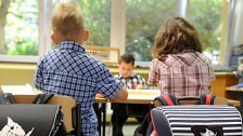 Regierung: 750 Millionen für Schulen reserviert