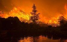 Schwerer Waldbrand wütet in Süd-Kalifornien