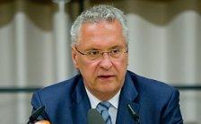 Bayern stellt 2.000 zusätzliche Polizisten ein