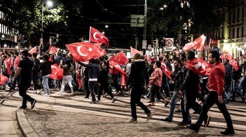 Pro-Erdogan-Demonstrationen: Heimische Politik distanziert sich