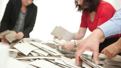 AK und ÖGB fordern Entgelt-Fortzahlung für alle Wahlbeisitzer