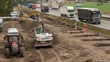 In Calais wird Mauer nahe Flüchtlingslager gebaut