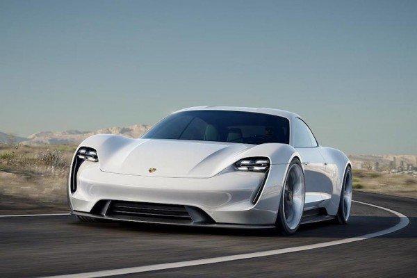 So soll das erste Elektroauto von Porsche aussehen.